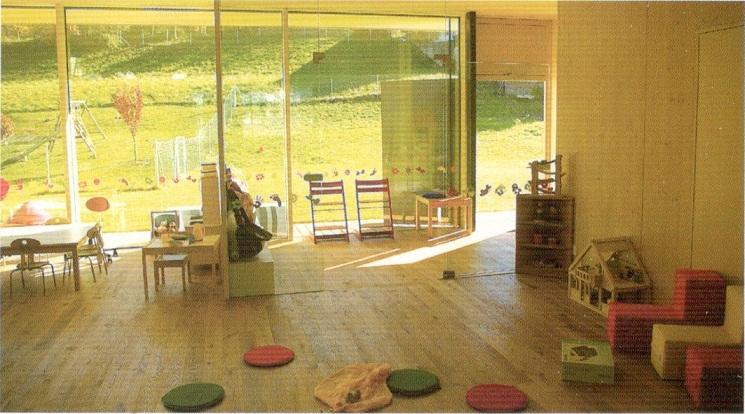 奥地利乡村幼儿园活动室环境设计