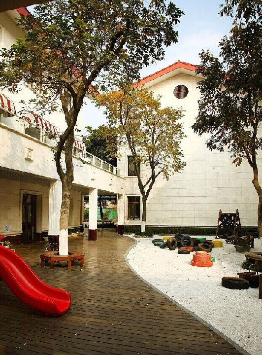 高大上的幼儿园户外环境设计