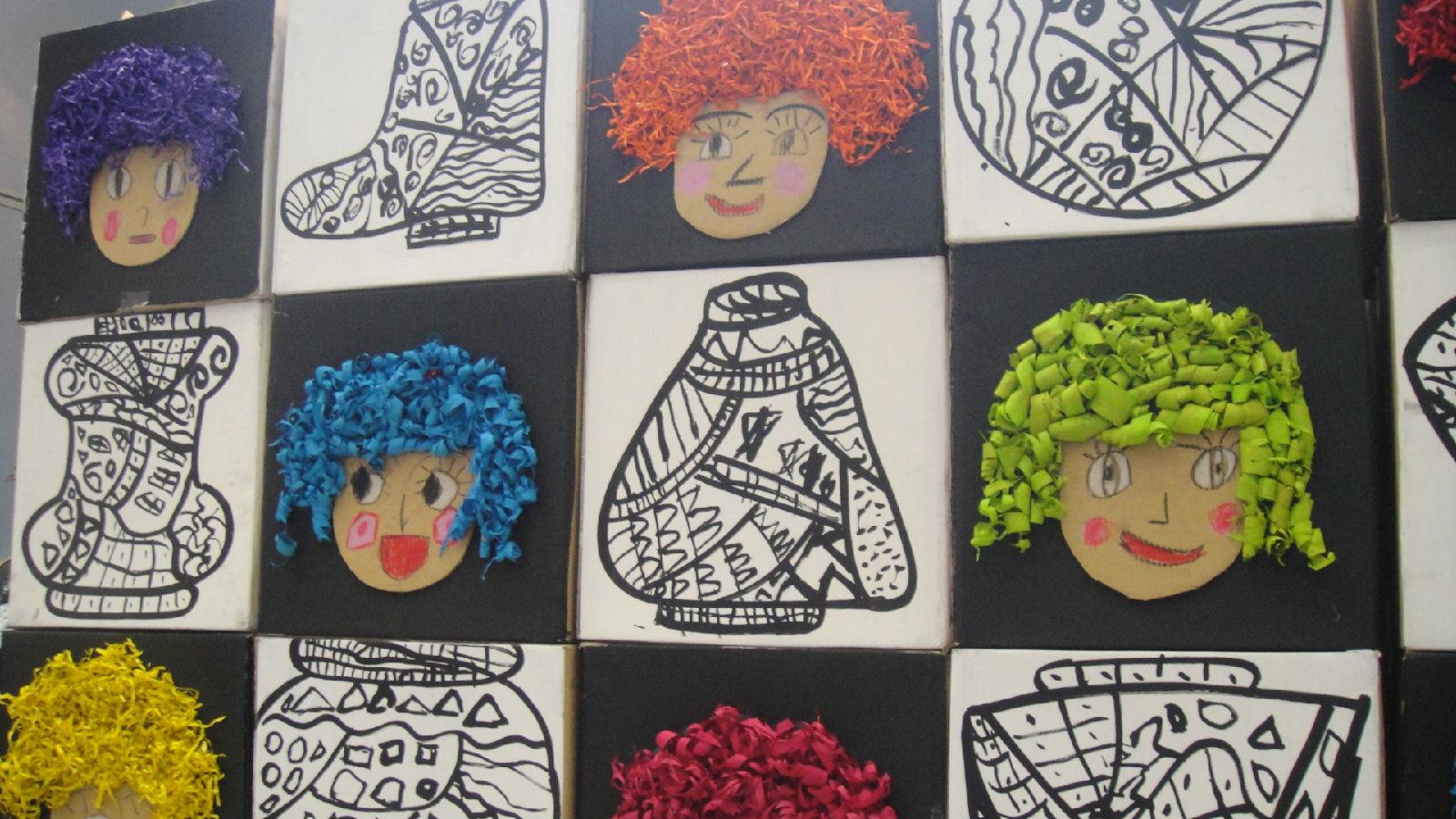 幼儿园用瓶子做美工区边框图片