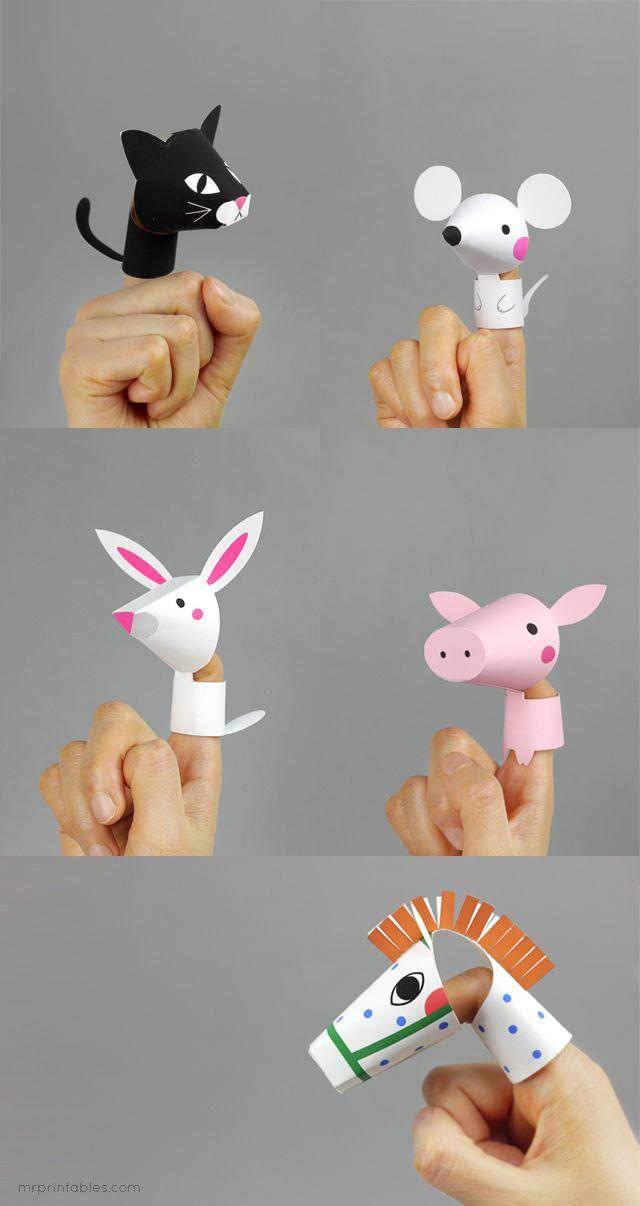 灯光下动物手指图案