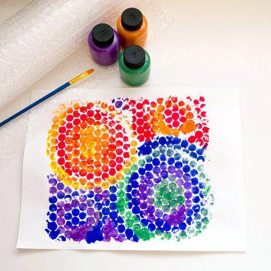 全部都用气泡膜压印出来的拼贴画有种独特的美感,稚拙又迷人.图片