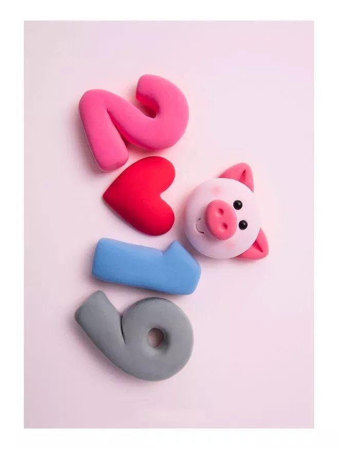 猪猪手工 | 纸粘土篇:胖嘟嘟粉嫩嫩,捏出来的小猪更带