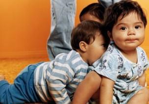 幼兒愛咬人怎么辦?