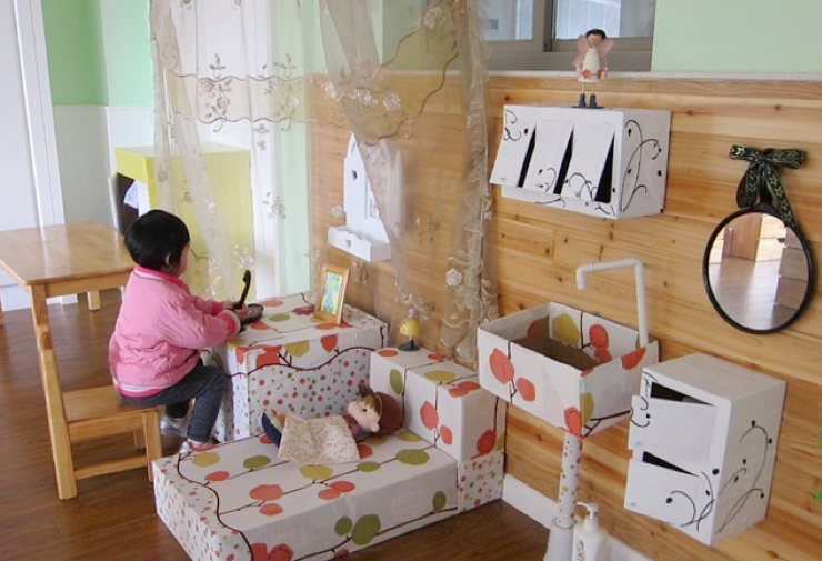 如何创设一个逼真而精美的娃娃家?