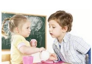 孩子之间出现咬伤等问题时如何与家长沟通?