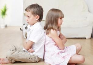 教師如何引導有攻擊性行為的幼兒?