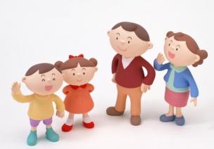 如何与不同年龄层次的家长进行沟通?