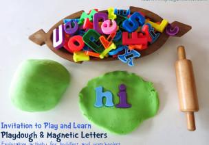 区角游戏:彩泥和磁条字母-来自美国