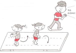 体育课游戏   4岁宝宝灵巧性锻炼小游戏