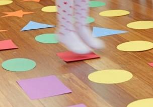 室内游戏   色彩匹配运动小游戏