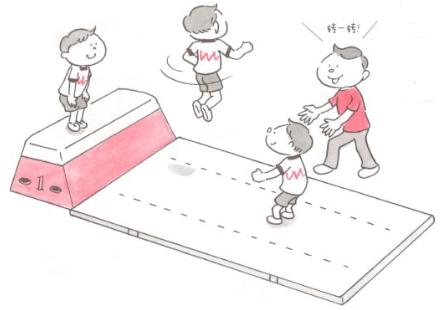体育课游戏   5岁宝宝协调性锻炼小游戏