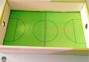 自制玩具 | 盒子中的足球赛