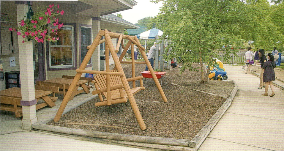 美国幼儿园——室外活动场地