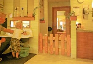 美国幼儿园——厕所环境