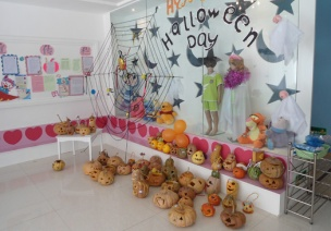 幼儿园双语环境创设之物质环境创设