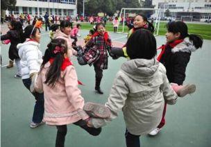幼儿园户外游戏