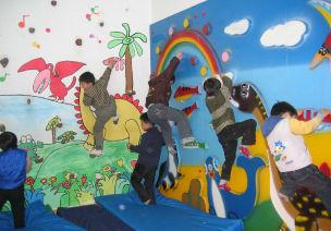 多彩的童话王国-幼儿园环境创设展示
