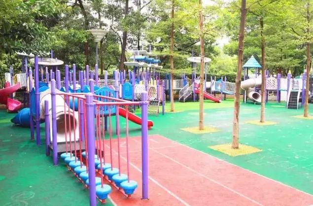 幼儿园户外游戏环境