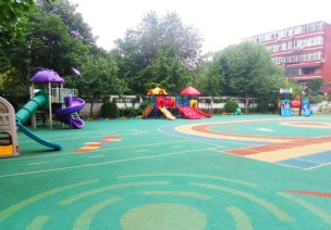 幼儿园户外游戏的环境