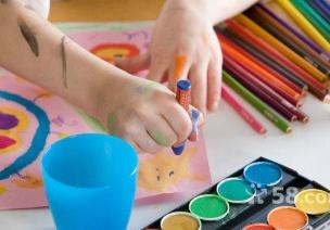 素质教育中的幼儿美术创作教育的研究