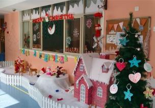 走廊场景布置——圣诞老人送礼物啦
