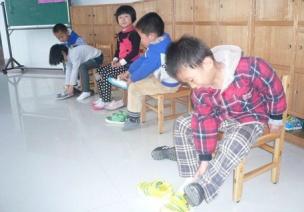 幼儿园老师如何因色施教(一)