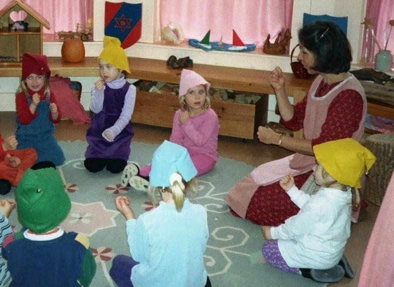 怎样在幼儿园环境中引入华德福元素,带孩子领略自然之美