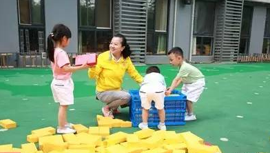 虞永平教授:课程游戏化只为更贴近儿童心灵