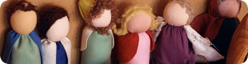 faceless-dolls-via-sanderling-waldorf-school