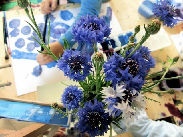 reggio-activities-observational-painting-with-flowers-an-everyday-story