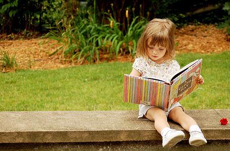 读书不仅能养心还能养颜
