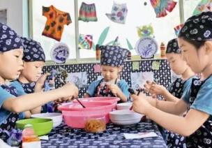 幼儿动手活动不积极,或许是区域环境有问题