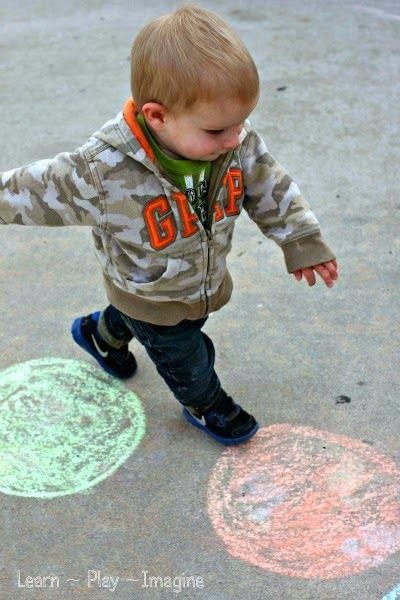 Toddler Color Hop - Gross Motor Color Recogntion Game (5)