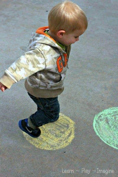 Toddler Color Hop - Gross Motor Color Recogntion Game (4)