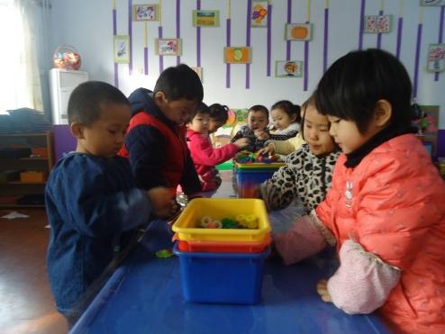 中班幼儿观察记录 | 收放整洁,从我做起。