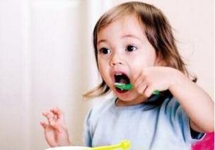 吃飯不可以講話?你是否忽略了孩子的需求