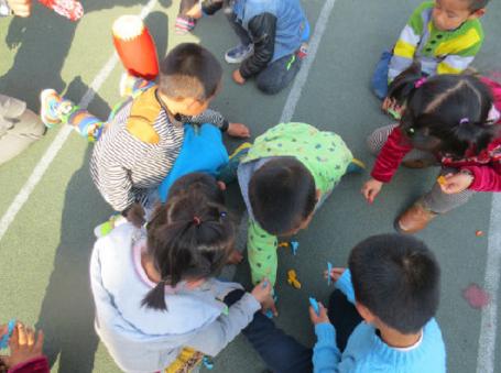 创造性课程 | 小班数学教案及反思(三则)——比较多少