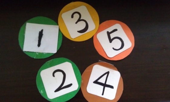 创造性课程 | 中班数学教案及反思——5以内序数