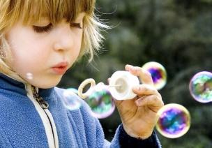 示范课视频 | 托班科学课《神奇的泡泡》
