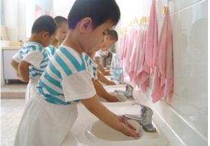 幼儿安全无小事,险情隐患及防范——如厕、盥洗