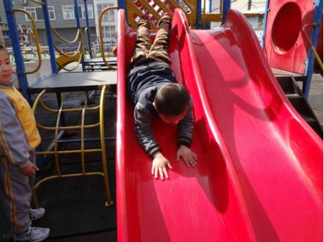 幼儿安全无小事,险情隐患及防范——户外