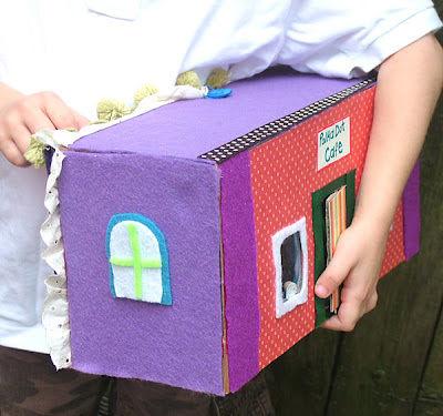 shoe-box-take-along-house