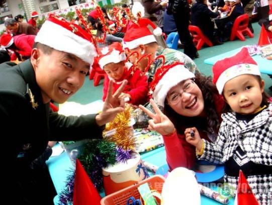 全园圣诞节活动方案 | 欢乐圣诞节,共享美食月