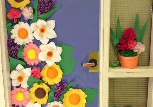 春天来敲门 | 15款春季教室门饰