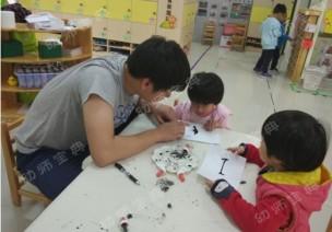精彩吹画 | 大中小班吹画的材料及活动组织