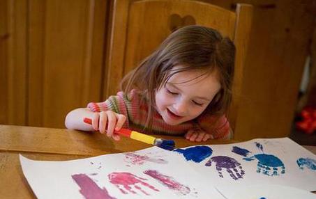 小班下学期美术特色计划