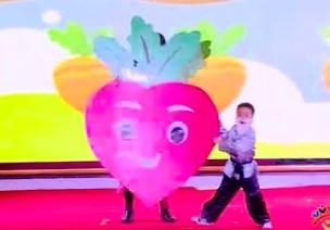 六一视频   中班-舞台剧《拔萝卜》