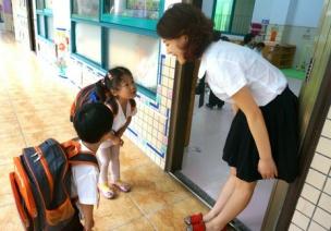 幼儿礼仪教育宝典,让宝宝成为幼儿园礼貌人气王
