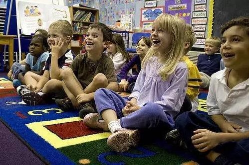 都说美国幼儿园自由,可你知道他们怎么定规则的吗?