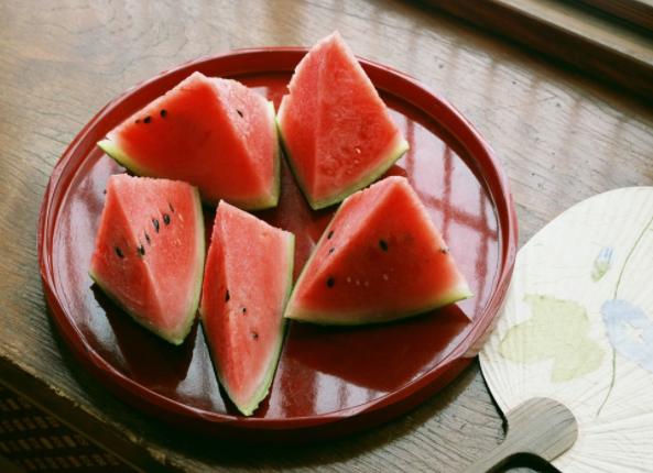 二十四节气第十节 | 夏至:映日荷花别样红,吃碗凉面早点睡